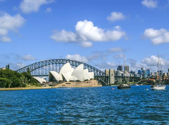 【孩想玩】澳大利亞悉尼塔龍加+布里斯班龍柏考拉+黃金海岸華納電影世界+墨爾本小火車+企鵝島9晚11天半自助【可加購悉尼水族館~科倫賓門票~】