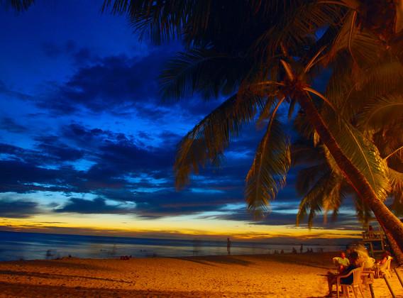 菲律宾长滩岛5晚7天百变自由行【直飞/无边泳池/接送机/球道蓝水Fairway】