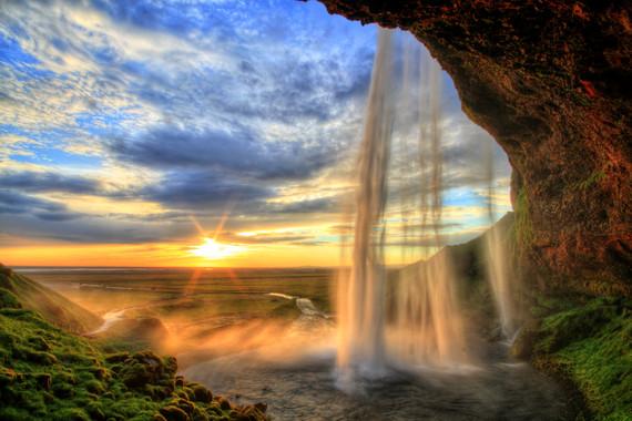 冰岛一地自然探秘9日游【瓦特纳冰川/蓝湖温泉//斯奈山半岛】
