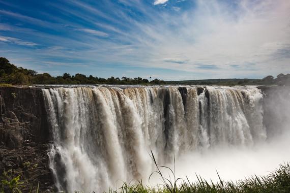 津巴布韋贊比亞博茨瓦納11日游【橫跨兩國的維多利亞大瀑布+水陸空全方位游覽奧卡萬戈三角洲】