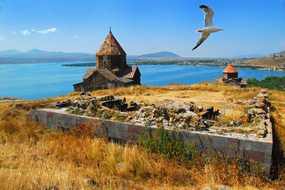 【优质之选】高加索3国10晚12日探秘之旅-阿塞拜疆+格鲁吉亚+亚美尼亚【6人发团+简化材料电子签证+一价全含】